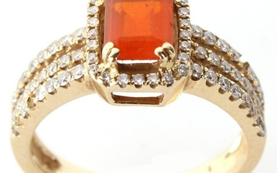 14K YELLOW GOLD DIAMOND AND FIRE OPAL LADIES RING