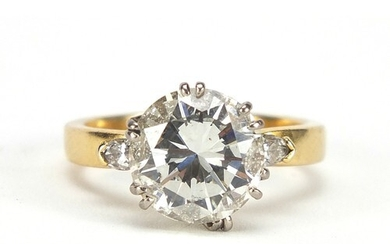 18ct gold diamond solitaire ring, round brilliant cut, appro...