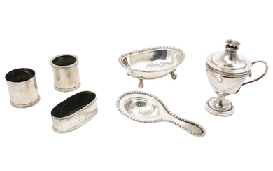 A silver items lot