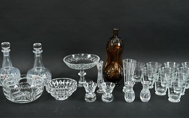 GROUPING OF CRYSTAL AND GLASS INCL. ORREFORS