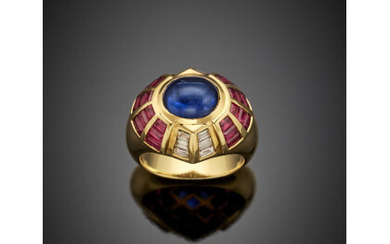 Oval ct. 3.20 circa cabochon sapphire with calibré diamond and ruby yellow gold ring, g 16.80 circa size 15/55.