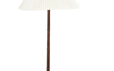 NOT SOLD. Danish design: A rosewood and brass floor lamp, mounted with white pleated acrylic shade. H. incl. shade 144 cm. – Bruun Rasmussen Auctioneers of Fine Art