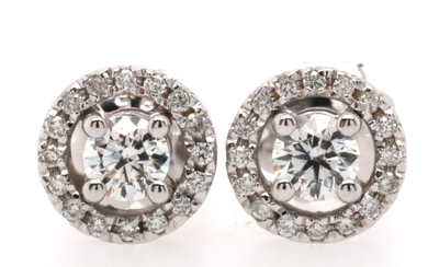 Earrings in 14kt with brilliant cut diamonds 0.65ct