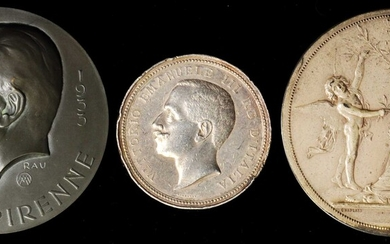 MIXED LOTS. Western Europe. Trio of Medals (3 Pieces), 1915-33. Grade Range: VERY FINE to UNCIRCULATED.