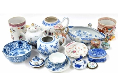 Selection of Chinese export porcelain, 18th century and late...