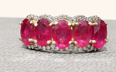 2.33 ct Natural Red 5 Stone Ruby and Diamonds Half Eternity Ring - 14 kt. Yellow gold - Ring - 2.33 ct Ruby - Diamonds, NO RESERVE