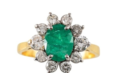 A DIAMOND AND GREEN GEMSTONE CLUSTER RING, mounted in 18ct y...