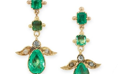 A PAIR OF ANTIQUE EMERALD AND DIAMOND EARRINGS in