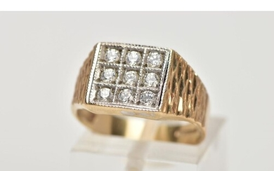 A GENTS 9CT GOLD CUBIC ZIRCONIA SIGNET RING, of a square sha...