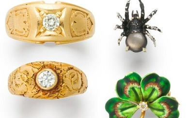 A group of Early 20th Century jewelry