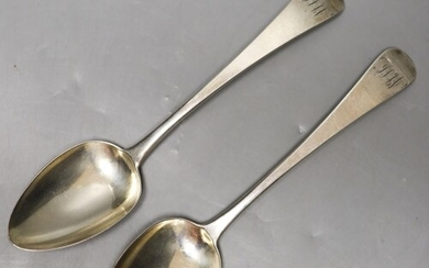 A pair of George IV silver Old English pattern tablespoons, ...