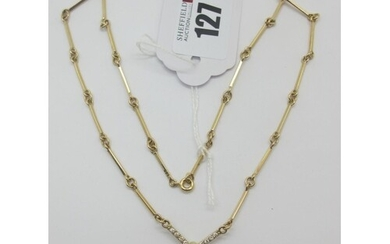 """A Decorative Alternate Link and Bar Style Chain, stamped """"9c..."""