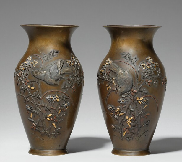 A pair of bronze vases. Late 19th century