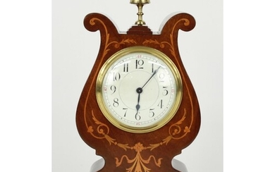 Attractive French mahogany mantel clock timepiece with platf...