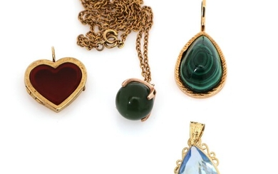 Three pendants partly set with topaz, malachite and agate, mounted in 14k gold and a necklace with nephrite pendant, mounted in 8k gold. (5) – Bruun Rasmussen Auctioneers of Fine Art