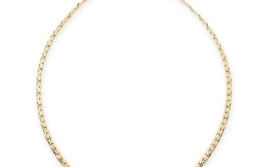 A DIAMOND HEART NECKLACE in 18ct yellow gold, the
