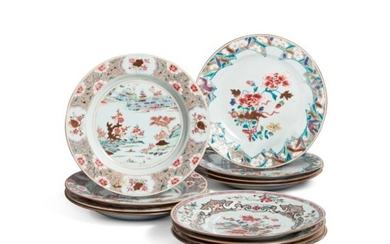 A Group of Twelve Chinese Export Plates