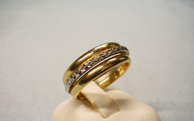 RING UNIQUE 14 CARAT YELLOW GOLD & WHITE GOLD HANDMADE.