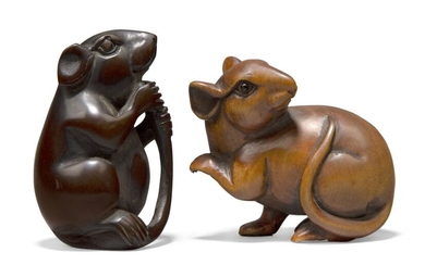Two Japanese boxwood netsuke of rats, 20th century, each finely carved, one with inlaid eyes, each approx. 5cm (2)