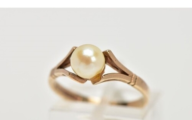 A 9CT CULTURED PEARL DRESS RING, set with a single cultured ...