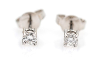 A pair of diamond ear studs each set with a brilliant-cut diamond weighing a total of app. 0.23 ct., mounted in 18k white gold. (2) – Bruun Rasmussen Auctioneers of Fine Art