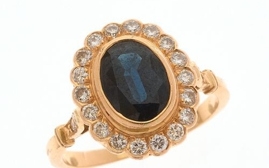 """RING """"Pompadour"""" in 750/°° yellow gold decorated in its center..."""