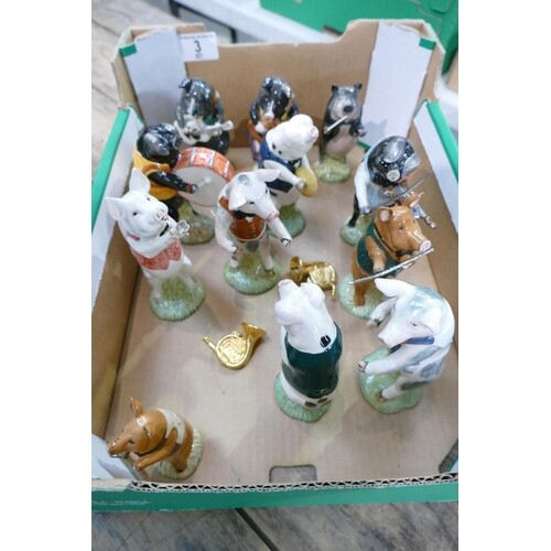 A collection of Beswick Pig Promenade figures (12)
