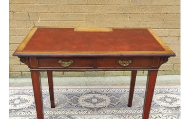 Edwardian mahogany writing table with inset leather skiver, ...