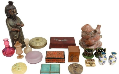 (18) COLLECTION OF DECORATIVE TABLE ITEMS