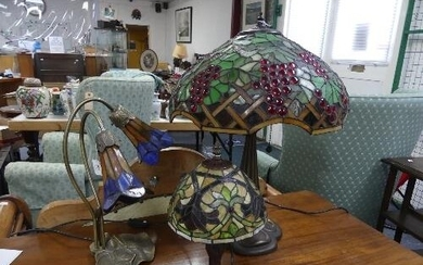 A Tiffany-style table lamp, with stained glass shade, 24in (...
