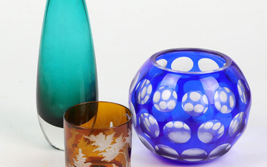 GLASS VASES & MUG GLASS.