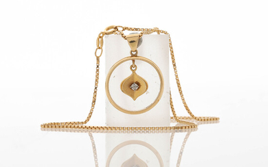 NECKLACE with PENDANT, 18K gold and gilded silver.