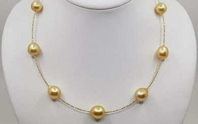 18 kt. Yellow Gold - 11x13mm Golden South Sea Pearls