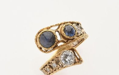 """RING """"Croisé"""" in 750/°°° yellow and white gold with openwork..."""
