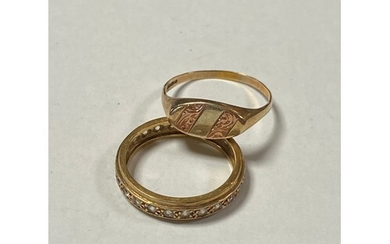A 9ct gold signet ring and a 9ct gold eternity band