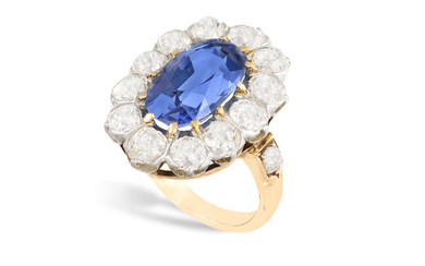 A FINE SAPPHIRE AND DIAMOND CLUSTER RING, FIRST...