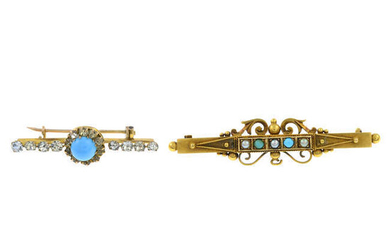 An Edwardian 15ct gold split pearl and turquoise bar brooch and a paste cluster brooch.