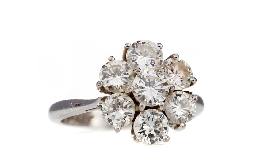 A DIAMOND CLUSTER RING BY GRAFF