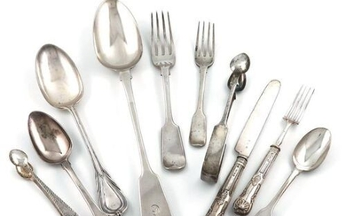 A mixed lot of flatware, comprising silver items: Fiddle pattern:...