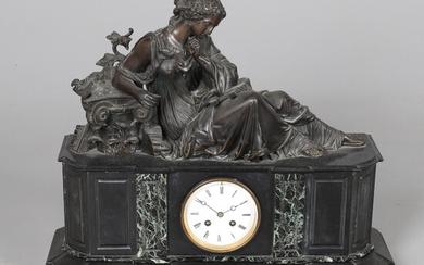 A LARGE MARBLE AND POLISHED SLATE CASE MANTLE CLOCK.