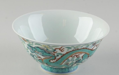 Chinese bowl with dragons