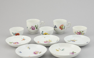 Five porcelain cups with saucers from Meissen, second half of the 18th century.