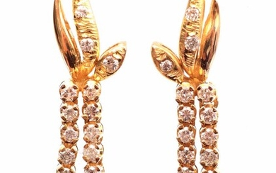 (-), Gold fantasy earrings, 18 kt., set with...