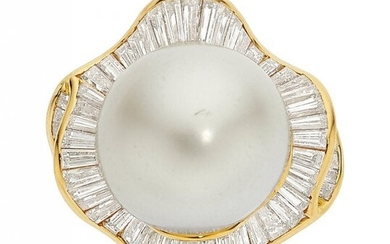 South Sea Cultured Pearl, Diamond, Gold Ring S
