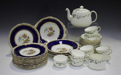 A Minton Greenwich part service, comprising teapot and cover, milk jug, sugar bowl, eight teacups, s