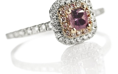 A diamond ring with a fancy dark brown purple cushion-cut diamond weighing 0.25 ct. and natural pink and white brilliant-cut diamonds, mounted in 18k white gold – Bruun Rasmussen Auctioneers of Fine Art