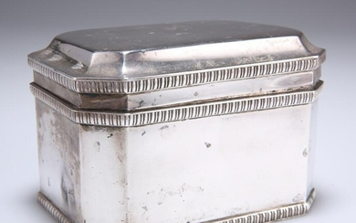 AN EDWARD VIII SILVER BISCUIT BOX, by William