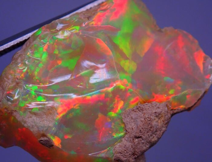Beautiful A + Hydrophan Welo Opal Untreated 33.425ct - 31.59×27.89×13.09 mm - 6.685 g
