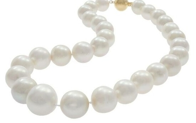 Cultured South Sea Pearl, 14k Yellow Gold Necklace