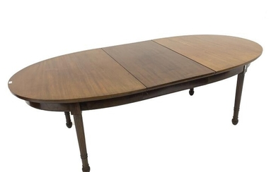 Edwardian mahogany oval extending dining table, raised on ring...
